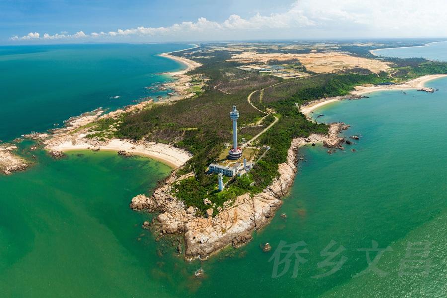 木兰湾灯塔全景