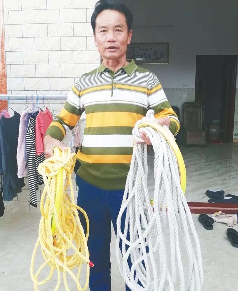 采摘野生紫菜用的缆绳