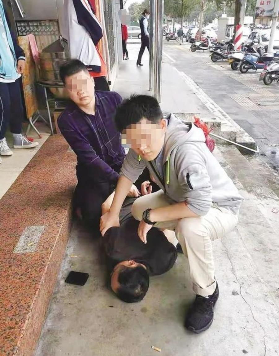 民警抓获嫌疑人李某强